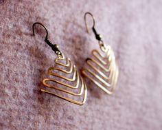 Arrows, Wire Wrapped Brass Earrings by Hvitolg on Etsy Handmade Wire Jewelry, Handmade Jewelry Designs, Copper Jewelry, Earrings Handmade, Beaded Jewelry, Copper Wire, Jewellery, Wire Wrapped Earrings, Wire Earrings