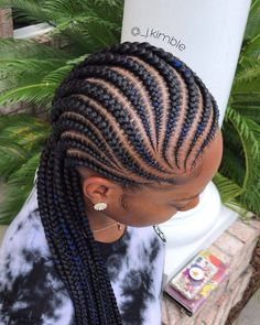 9 Cornrow Styles That'll Take Your Braid Game To A New Level in 2020 Box Braids Hairstyles, Braided Cornrow Hairstyles, Braids Hairstyles Pictures, African Hairstyles, Teenage Hairstyles, Hairstyles 2018, Black Hairstyles, Protective Hairstyles, Natural Hair Twists