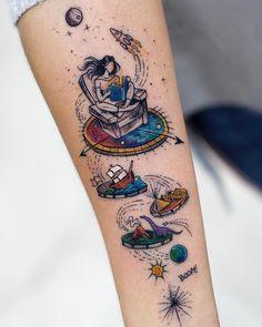 By Robson Carvalho Future Tattoos, Love Tattoos, Beautiful Tattoos, Body Art Tattoos, New Tattoos, Tatoos, Creative Tattoos, Unique Tattoos, Small Tattoos