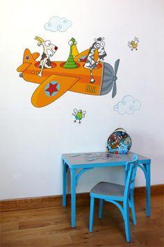 sticker avion pour chambre de bébé et garçon. Sticker rigolo créé par Série-Golo. Made in France.