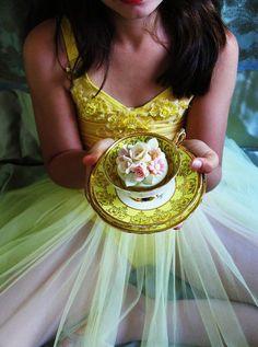 cupcake in teacup