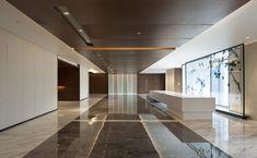 Robarts Spaces | Hanhua Financial Holding Headquarters Interior Ceiling Design, Lobby Interior, Interior Design Living Room, Lounge Design, Floor Design, Architecture Office, Architecture Design, Office Building Lobby, Lobby Design