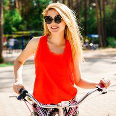 Best Women's Comfort Bike for City Touring - Guide & Reviews http://bestbikesforwomen.com/best-womens-comfort-bike/