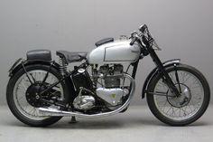vintage motorcycle: Triumph 1946 Grand Prix 500cc 2 cyl ohv