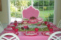 Girls Party Centerpiece Ideas | artwork makes for fantastic yard Strawberry Shortcake party ideas ...