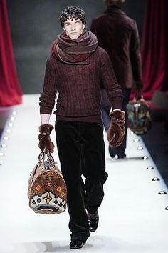 Louis Vuitton Fall 2005 Menswear - Collection - Gallery - Look 1 - Style.com