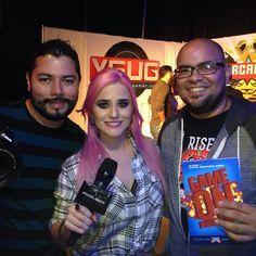 Dr. Alexis Rodríguez junto a @javierfilmr y @dianamonsters de @pixelboxla en #labatalladearcadia  #GameOnPR #PuertoRico #gaming #gamers