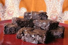 Katherine Hepburn Brownies #chocolates #chocolaterecipes #sweet #delicious #yummy #food #choco #chocolate