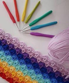 How to Crochet Shell Stitch Crochet Stitches Patterns, Crochet Designs, Knitting Patterns, Crochet Afghans, Diy Crafts Crochet, Crochet Projects, Crochet Box Stitch, Free Crochet, Loom Knitting