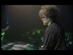 The Cure - A Forest (Live 1992) - Showcase for the awesomeness known as The Cure, over 13 minutes, mind blowing!  Been a fan since the beginning (3IB), never had a chance to see them live :-(