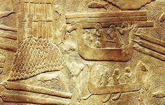 Føniske skip som frakter tømmer. Fenicia Phoenician ships (hippoi). Relief from the palace of Sargon II at Dur-Sharrukin (now Khorsabad). Louvre
