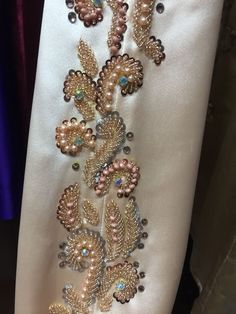 Tambour Embroidery, Couture Embroidery, Embroidery Motifs, Gold Embroidery, Embroidery Fashion, Machine Embroidery, Embroidery Suits Design, Embroidery Designs, Embroidery On Clothes