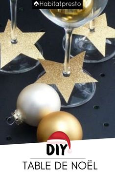 Christmas table: 5 inspiring ideas for a successful decor Christmas table: 5 inspiring ideas for a successful decor Christmas Table Decorations, Decoration Table, Décoration Table Nouvel An, New Year's Eve 2020, Deco Table Noel, Gold Diy, Decorating With Pictures, Diy Table, Xmas