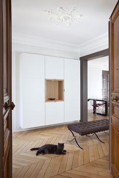 Contemporain Entrée by Alia Bengana architecte