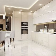 How To Incorporate Contemporary Style Kitchen Designs In Your Home Modern Kitchen Interiors, Luxury Kitchen Design, Kitchen Room Design, Kitchen Cabinet Design, Luxury Kitchens, Home Decor Kitchen, Interior Design Kitchen, Home Kitchens, Modern Kitchens
