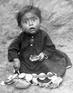 Navaho baby CHEE - Department of Anthropology, 1904 World's Fair.
