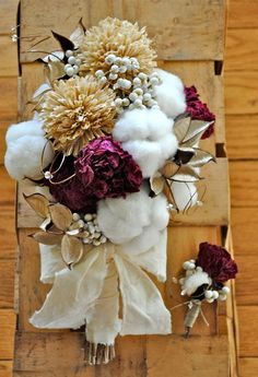 wedding flower bouquets with cotton | cotton, tallow berry, dried flower bridal bouquet (Tall Cotton 'n ...