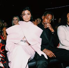 Travis Scott Is Taking Flights in the Middle of the Night to See Kylie Jenner Amid Cheating Rumors Kylie And Travis Scott, Travis Scott Kylie Jenner, Estilo Jenner, Rapper, Youtuber, Influencer, Bae, Famous Couples, Kendall And Kylie Jenner