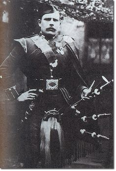 Piper Findlater is one of the most famous VC winners in the British Army.  He took part in the renowned scaling of the Heights of Dargai by the 1st Gordon Highlanders on 20th Oct 1897. In the early stages of the advance he was shot in both feet but dragged himself to a rock to prop himself up and continued to play the bagpipes.