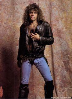 Image about bon jovi in music by ❊ A Journey of Being ❊ Jon Bon Jovi, Bon Jovi 80s, Metallica, Beautiful Men, Beautiful People, Bon Jovi Pictures, Bon Jovi Always, Idol, Def Leppard