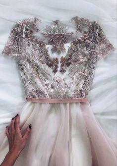 Open Back Wedding Dress, Lace Wedding Dress, White Wedding Dresses, Designer Wedding Dresses, Elegant Dresses, Pretty Dresses, Bridal Dresses, Beautiful Dresses, Lace Dress