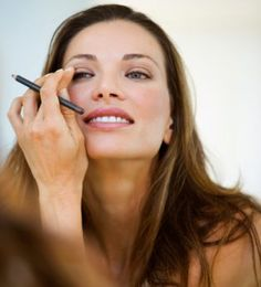 Your date night makeup in 20 seconds. Yes you read that right!