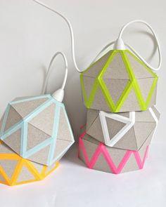 all washi tapes: Preciosa lámpara de cartón y washi tape