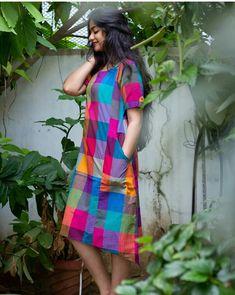 Cotton Anarkali Dress, Bandhani Dress, Stylish Dress Designs, Stylish Dresses, Abaya Fashion, Indian Fashion, Mother Daughter Dresses Matching, Indian Gowns Dresses, Kurti Patterns