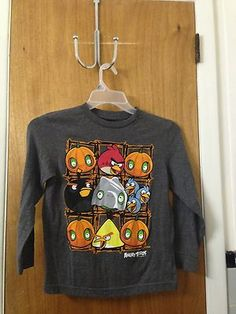 Boys Angry Birds Gray Shirt Size: Medium