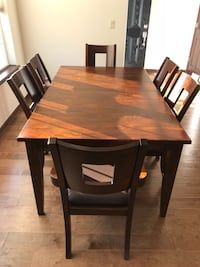 Used Solid Wood Dining Table And Chairs For Sale In Elkhorn With