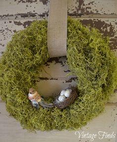 Vintage Finds: Spring Moss Wreath
