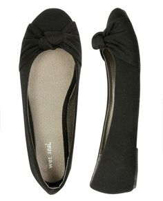 Everyone needs black flats