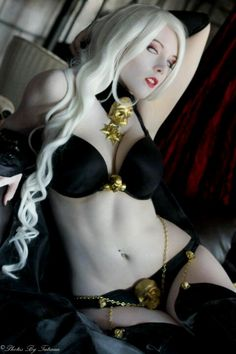 Lady Death = THE EYES!