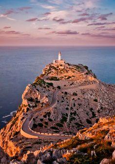 Majorca or Mallorca (Catalan: Mallorca [məˈʎɔɾkə, məˈʎɔɾcə]; Spanish: Mallorca is an island located in the Mediterranean Sea, one of the Balearic Islands. Menorca, Places To Travel, Places To See, Wonderful Places, Beautiful Places, Amazing Places, Beautiful Gorgeous, Places Around The World, Around The Worlds
