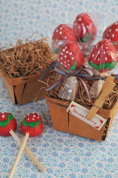 Love these strawberry cake pops - would do for a Bambi-themed party? Or lady beetle?