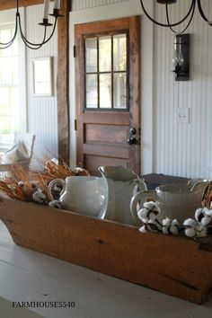 acc18c4118aae Simple Fall Farmhouse Decorating Ideas - using natural colors and materials  to warm up your home