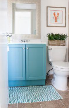 Small Coastal Bath Decor | The Lilypad Cottage