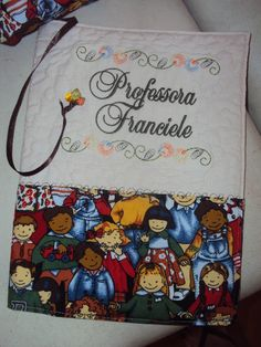 Capa de caderno www.saldaterrapatchwork.blogspot.com face: Renata Deichsel