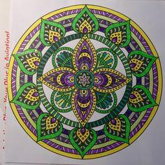 Xenos mandala met FC artist pen, Stabilo pen 88 en potloden (keverblik en Expression)