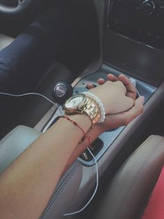 http://iwrbt.com #cute - #hands car, couple