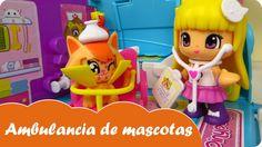 En las aventuras de PinyPon en Mundo Juguetes, jugaremos con las muñecas PinyPon de Famosa y su ambulancia de mascotas. Veremos como la veterinaria PinyPon Alba curará a la mascota de la PinyPon Sara. Veremos todo lo que tiene en su ambulancia de mascotas para poder atenderle. Estupendo juguete para niñas a partir de 4 años. ¡Diviértete con este vídeo en Mundo Juguetes, tu canal de vídeos de juguetes PinyPon en español!