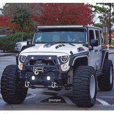 583 best jeep and trucks images pickup trucks rolling carts jeep rh pinterest com