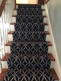 This is a Prestige Mills carpet. The style is Sollozo. #geometric_stair_runner #navy_rug