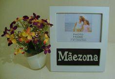 Porta retrato para uma foto de sua mãe, com letras em MDF em alto relevo, preto ,podendo ser usado em pé na sua mesa ou pendurado na parede!  PROMOÇÃO DIA DAS MÃES- FRETE GRATIS R$ 37,83