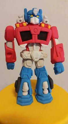 The Amazing Secrets Of Optimus Prime X Arcee Fondant Cake Tutorial, Cake Topper Tutorial, Fondant Toppers, 4th Birthday Cakes, 8th Birthday, Optimus Prime Costume, Robot Cake, Peppa Pig Family, Little Monster Birthday