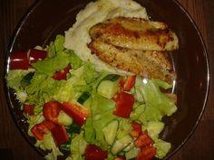 Tillimuusia, ahvenia sitruunaöljyssä ja salaattia