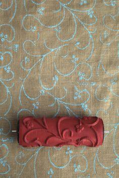 Musterwalze aus Polen (mit sichtbarer Naht und Kunststoffkern - Kopie einer alten Walze aus DDR Produktion) ... pattern roller made in poland - the pattern is a copy from an old east-german pattern.