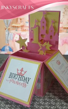 Convite aniversrio frozen pop up 1 ano du pinterest find this pin and more on boxed invitesgift favor box creative invitations box card pop up card for birthday stopboris Image collections