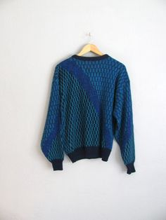 SALE    Size XL    PATTERNED Sweater    Blue   Teal - Grunge Acrylic Knit  Pullover - Vintage  80s. Suéteres AzulesGrungeDécada De 1980Cuello RedondoVerde  ... 0a4c6aca12d0
