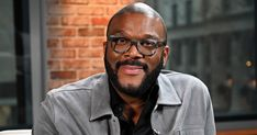 Tyler Perry is known for his incredible generosity and this huge donation is no exception Perennial Hollywood do-gooder Tyler Perry is in the news often for his incredible acts of generosity and this Thanksgiving season, the Madea franchise creator is staying true to form. Perry recently donated thousands of meals to Atlanta families in need, […] The post Tyler Perry Donates Meals To 5,000 Atlanta Families In Need appeared first on Scary Mommy.